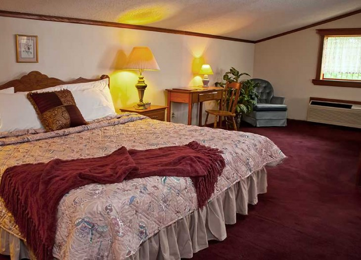 Bavarian Inn's Master Suite's King Bed