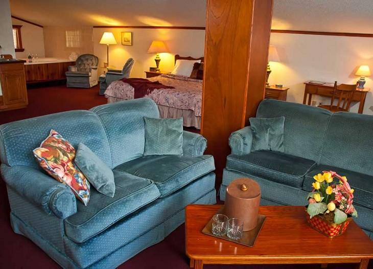 Bavarian Inn's Master Suite's Living Room